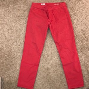 Gap cropped red legging/jeans